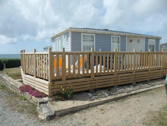 Camping De La Falaise : Location mobilhome sur sur mer131