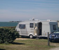 Campingplatz De La Falaise: Wohnmobil