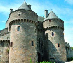 Campingplatz De La Falaise: Festungsmauer von Guérande